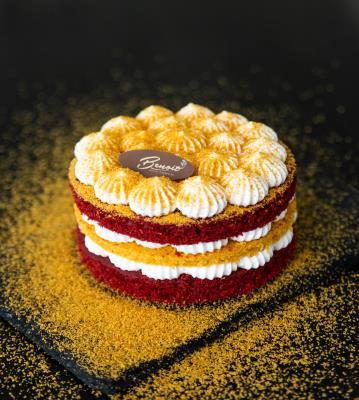 Red velvet honey cake